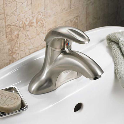 American Standard Reliant 3 Bathroom Centerset Faucet (7385.000.002) In Polished Chrome