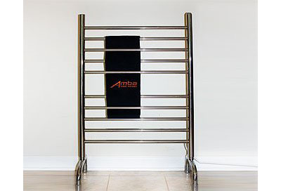 Modern Italian Classic 24 x 38 In Polished Freestanding Towel Warmers
