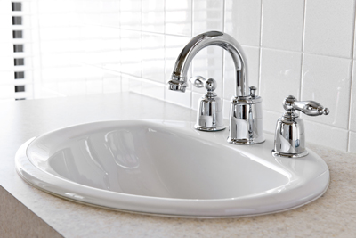 Pros and Cons : Should I Use Single or Two Handle Faucet?